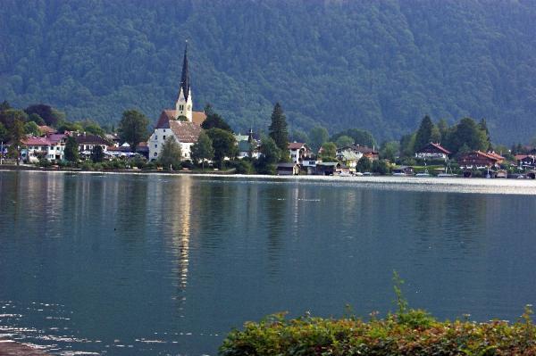 Bild 1kirche-bad-wiessee-jpg