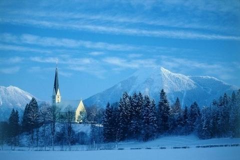 Bild bw_kirche_im_winter-jpg